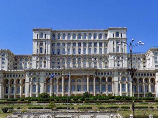 Palais du parlement de Bucarest